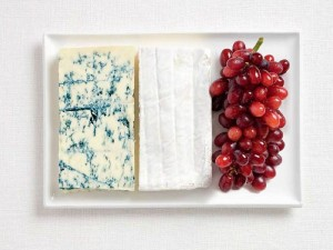france-flag-made-from-food-600x450